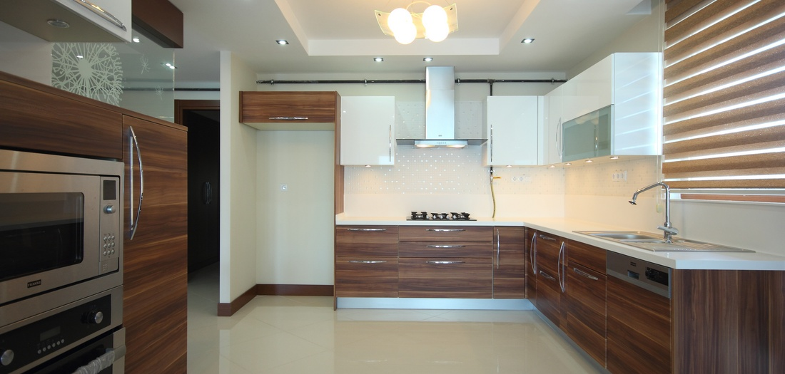 Kitchen renovations durban dbn builders for Kitchen designs for small kitchens south africa